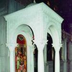 Колодец, где, по преданию, было спрятано от латинян тело вмч. Димитрия