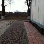 дорожка вокруг храма